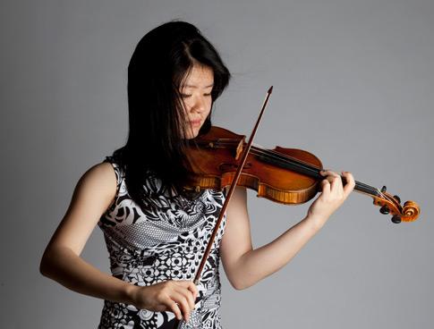 Mayumi Kanagawa, violin & Dmitriy Cogan, piano