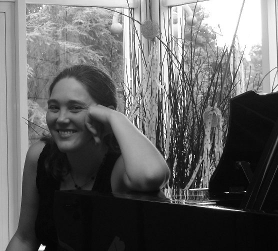 Hillary Nordwell, piano