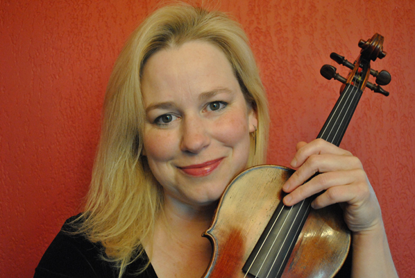 Adrienne Sengpiehl, violin