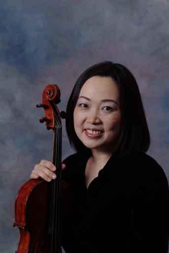 Caroline Lee, viola