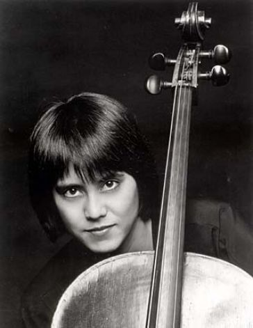 Thalia Moore, cello