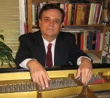 Antonio Iturrioz, piano