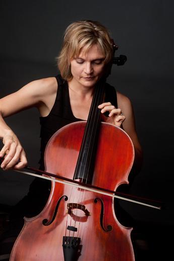 Anne Lerner-Wright, cello