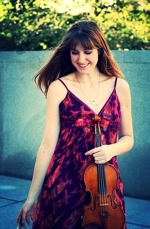 Holly Piccoli, violin