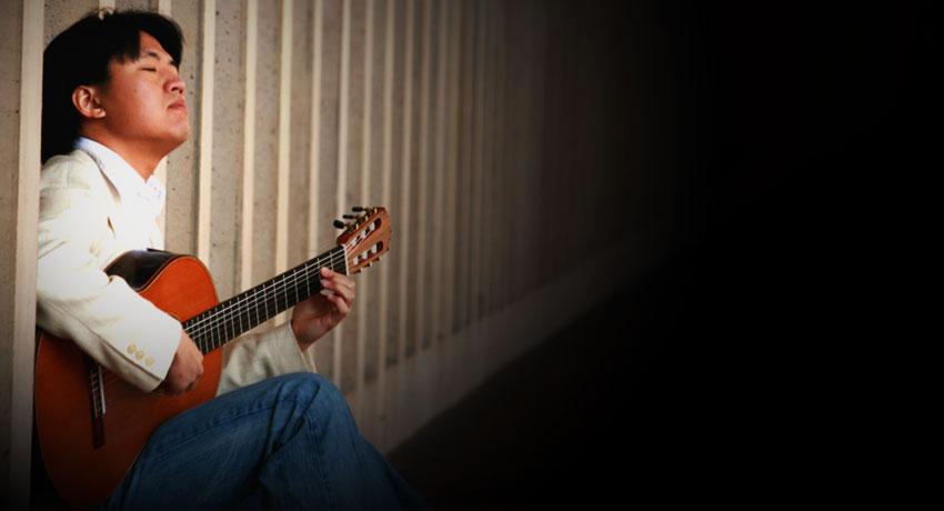 Steve Lin, guitar